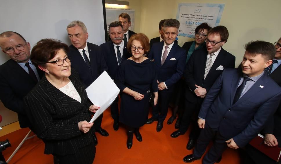 Film do artykułu: Pierwsza część Polikliniki w Kielcach gotowa. Minister przywiózł prawie 33 miliony! (WIDEO,ZDJĘCIA)