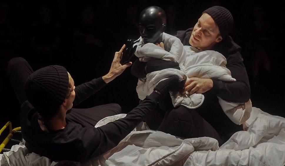 Film do artykułu: Teatr Papahema. Proces. Rekonstrukcja, czyli nieznośna gnuśność Józefa K. ukarana (zdjęcia, wideo)