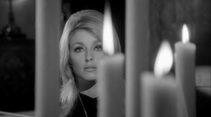 """Sharon Tate w filmie """"Oko Diabła"""""""
