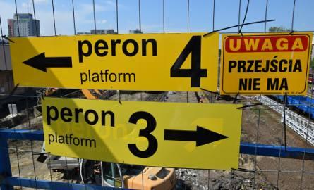 Dworzec PKP w Rzeszowie nie do poznania! Prace na peronie potrwają do połowy 2021 roku [GALERIA]