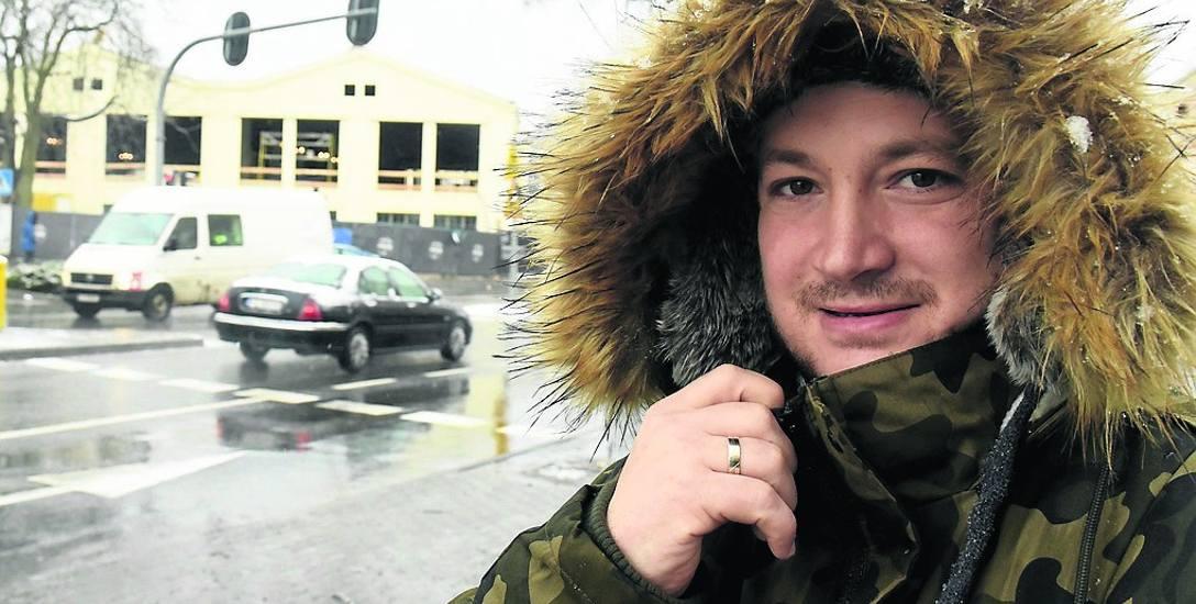 Paweł Żelazek z Zielonej Góry  uważa, że rondo  upłynni ruch na skrzyżowaniu ul. Sienkiewicza i Wrocławskiej. Zresztą nie tylko tu. W mieście są i inne