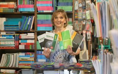 Ewa Jaruga z Księgarni Królewska 11 zaznacza, że uczniowie po 8 klasie podstawówki muszą kupić w tym roku nowe książki
