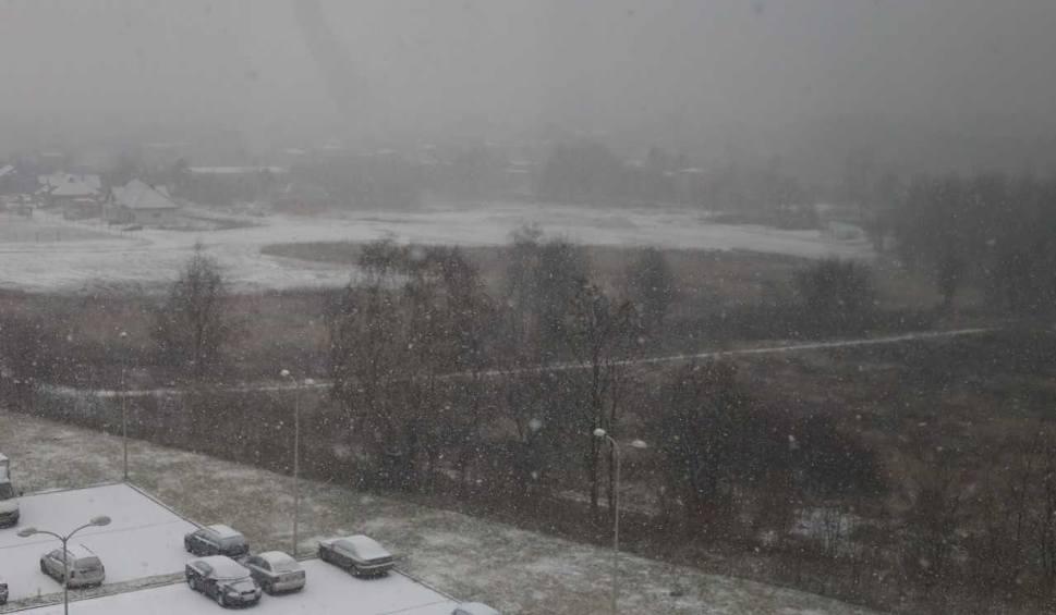 Film do artykułu: Pogoda w woj. śląskim we wtorek 16.01.2018: Na plusie i śnieg. Nie powinien się długo utrzymać, ale wieczorem i nocą będzie ślisko! WIDEO