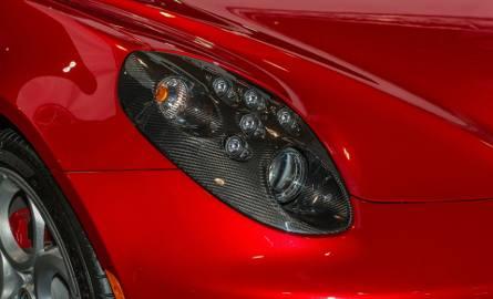 Sejm uchwalił kolejne zmiany: kupowanie aut nie wszystkim się opłaca. Niektórym lepiej będzie je pożyczać od rodziny, czy znajomych