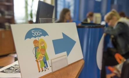 """""""Rodzina 500+"""". Rządowym programem objęto 3,98 mln dzieci"""