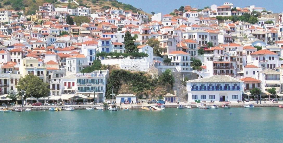 Na najbardziej zielonej ze wszystkich wysp greckich.  Wytwarza się tu miód,   wino, słodycze, oliwę,   sery oraz mydło...