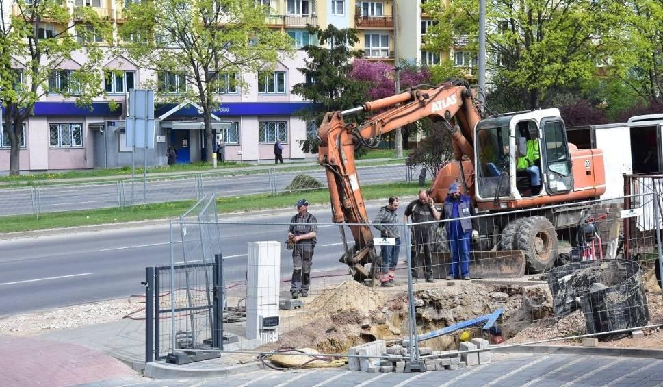 Film do artykułu: Północne dzielnice Kielc bez ciepłej wody, usuwana jest usterka rury