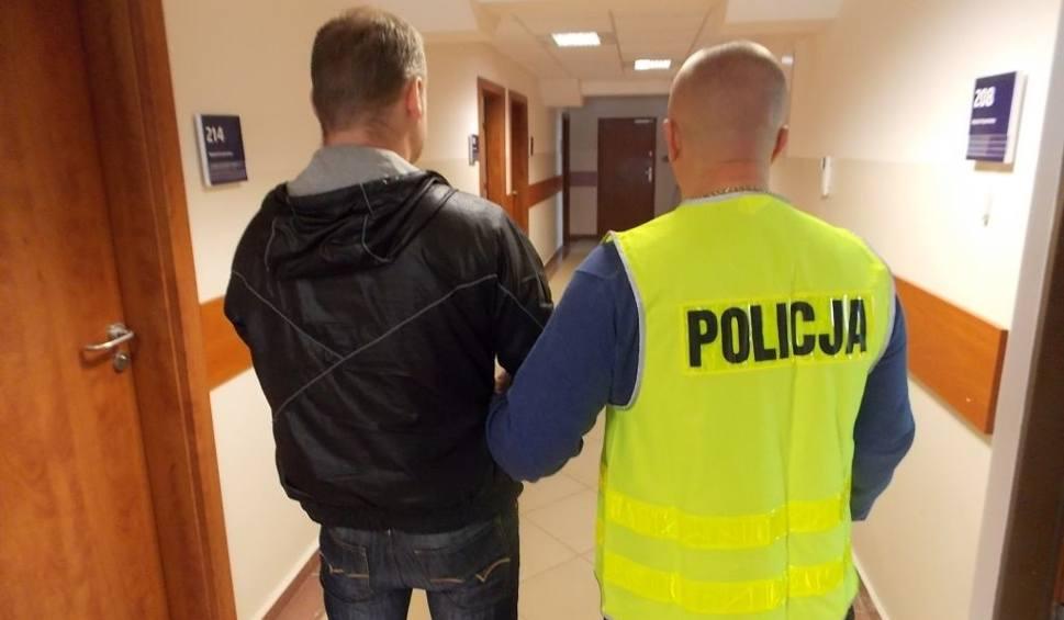 Film do artykułu: Starachowiczanin podejrzewany o kolejny fałszywy alarm na lotnisku