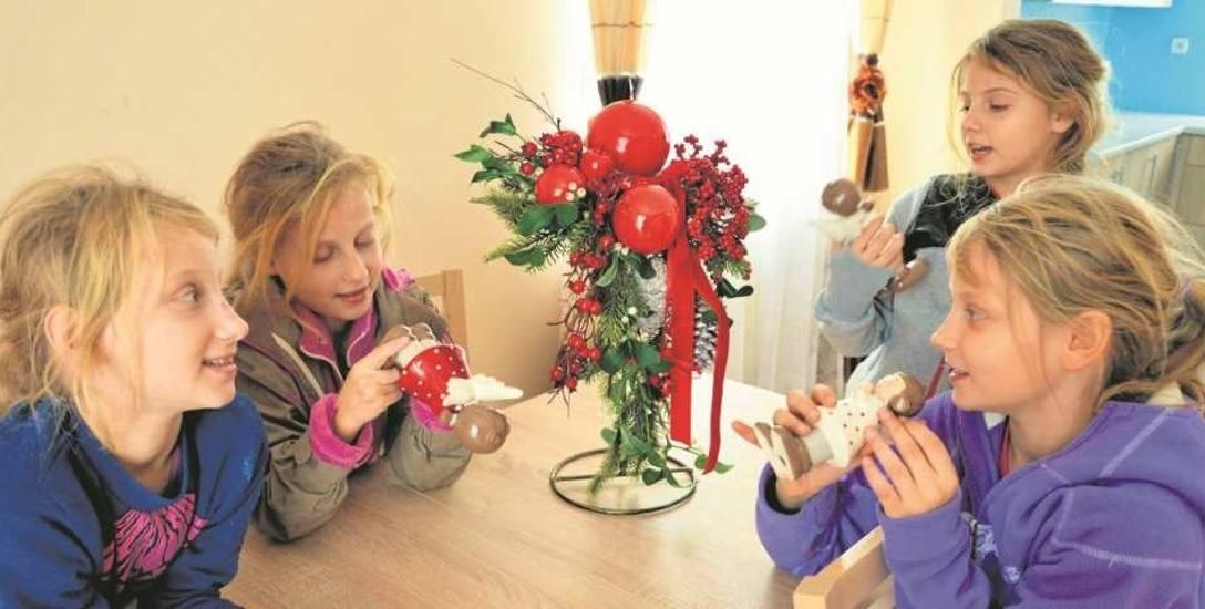 Córeczki cieszą się z nowego domu, gdzie jest ciepło i bezpiecznie