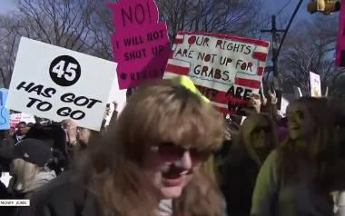 """Amerykanki też protestują. Wielotysięczne """"Marsze Kobiet"""" na ulicach 250 miast USA"""
