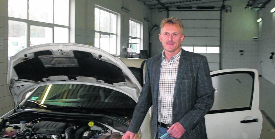 Jan Szulc, kierownik Okręgowej Stacji Kontroli Pojazdów, obawia się pierwszych dni obowiązywania przepisów.