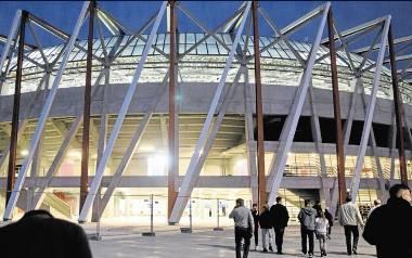 Stadion Miejski w Białymstoku między sponsorem a patronem