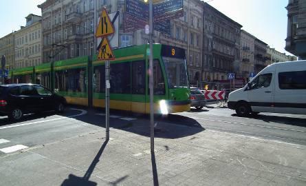 Lepiej nie parkuj na Ratajczaka. W poniedziałek rano straż miejska odholuje auta!