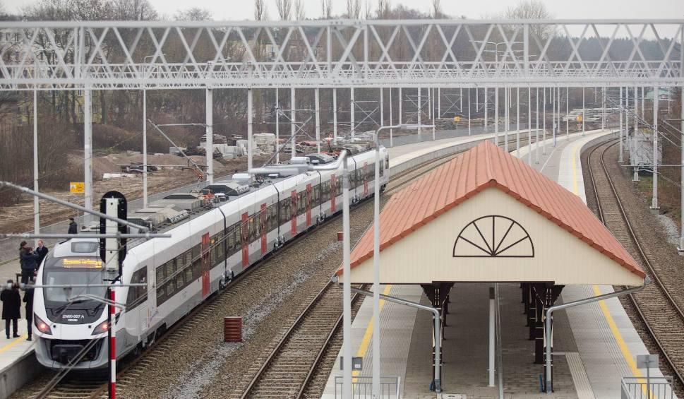 Film do artykułu: Na trasę Słupsk - Ustka wróciły połączenia kolejowe (wideo, zdjęcia)