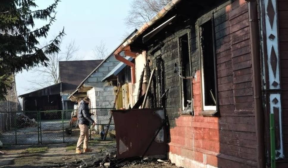 Film do artykułu: Chytra: Pożar domu. Dziewczynki zatruły się czadem (zdjęcia, wideo)