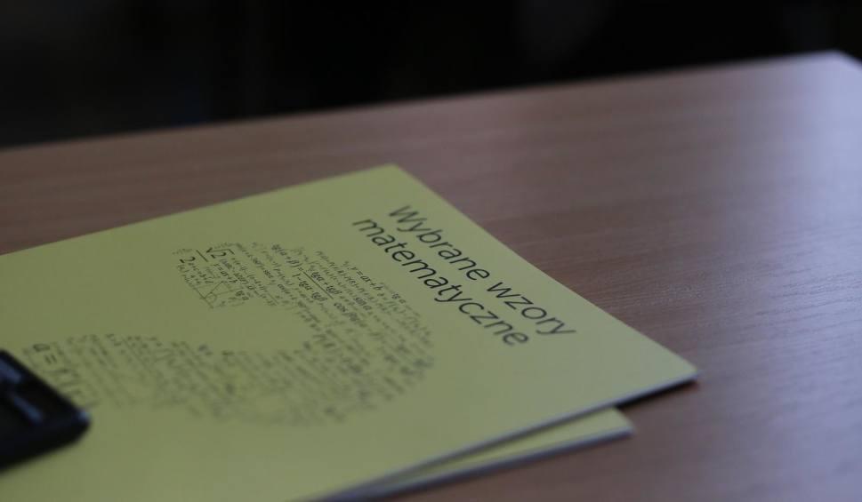 Film do artykułu: Matura poprawkowa 2018: Matematyka - arkusze, zadania, odpowiedzi. Co było na poprawce z matematyki?