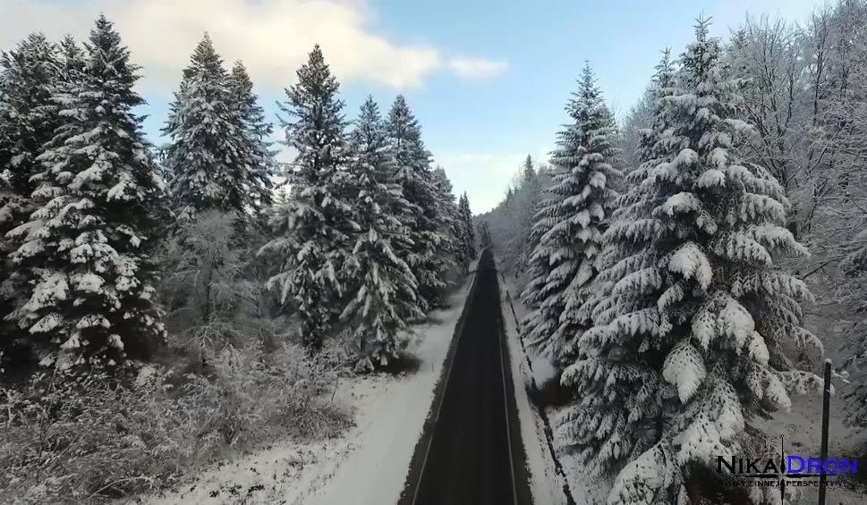 Film do artykułu: Zima w Bieszczadach. Wideo z drona