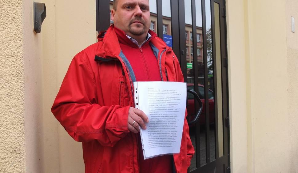 Film do artykułu: Legnicka prokuratura przesłuchała posła Adama Kępińskiego w sprawie tzw. afery Andersa 8