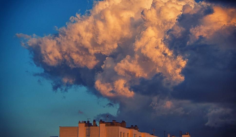 Film do artykułu: Pogoda dla Łodzi i regionu na środę. Sprawdź prognozę pogody dla Łódzkiego na środę 13 czerwca 2018 r. [WIDEO] [KARTKA Z KALENDARZA]