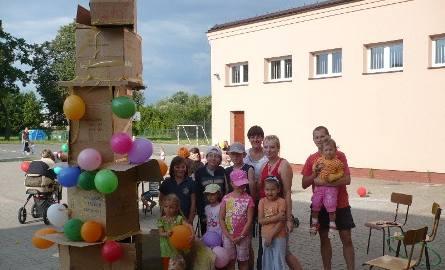 Kilkumetrową wieżę przystrojoną balonikami, która zdobyła największe uznanie wśród uczestników wybudowali młodzi konstruktorzy pod okiem Magdaleny K