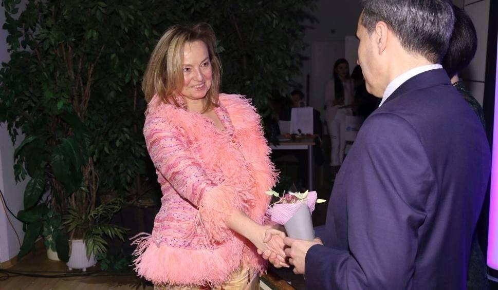 Film do artykułu: Izabela Jaraczewska Kobietą Przedsiębiorczą 2016 w powiecie opatowskim. Oto laureatki