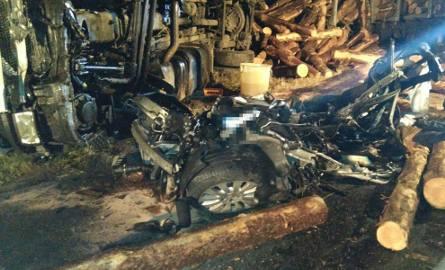 Śmiertelny wypadek pod Brodnicą. Nie żyje ksiądz z powiatu grudziądzkiego [zdjęcia]