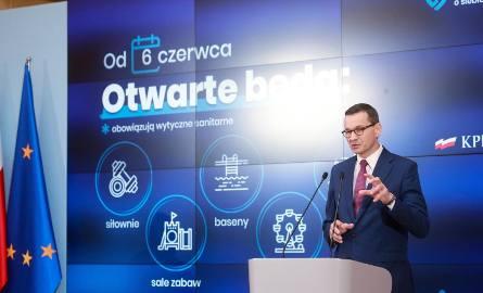 Konferencja prasowa premiera Morawieckiego i ministra Szumowskiego. Jakie ograniczenia złagodzono?
