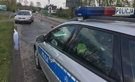 Do zdarzenia doszło w poniedziałek w Buszkowicach pod Przemyślem.- 68-letni mężczyzna wszedł na jezdnię wprost pod koła volkswagena passata. Pieszy z