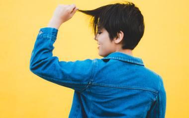 Króciutkie fryzury damskie. Pixie bob i pixie cut, czyli odważne trendy fryzjerskie 2021 roku. Komu pasują i jak je stylizować? [ZDJĘCIA]