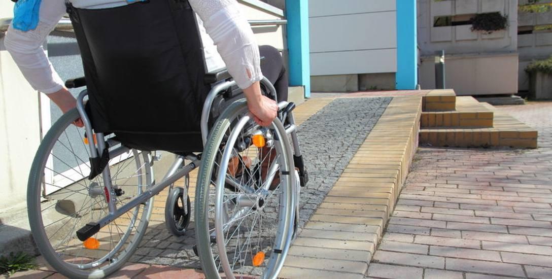 Niepełnosprawni znajdą się za burtą