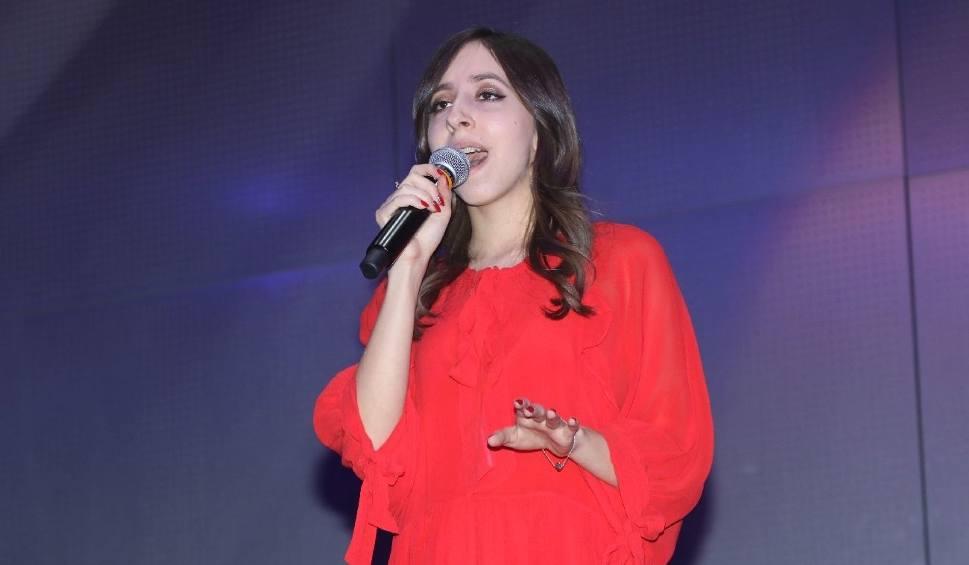Film do artykułu: Kiedy śpiewa, ludzie płaczą. Tak swoim głosem ujmuje Ania Loranty z Ostrowca, laureatka show Talent Świętokrzyski