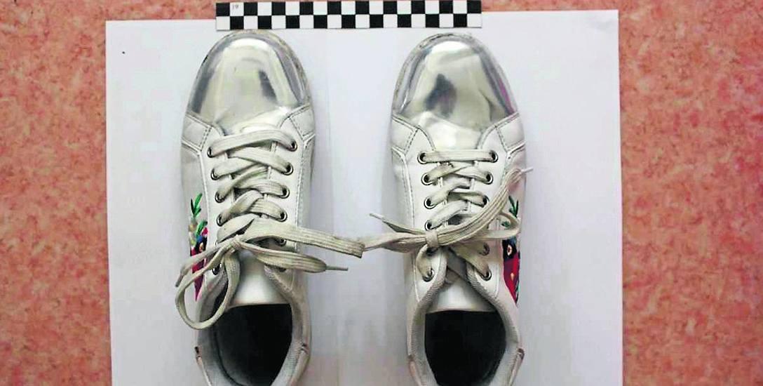 Te charakterystyczne buty miała na nogach kobieta znaleziona na szosie pomiędzy Grudziądzem a Chełmnem