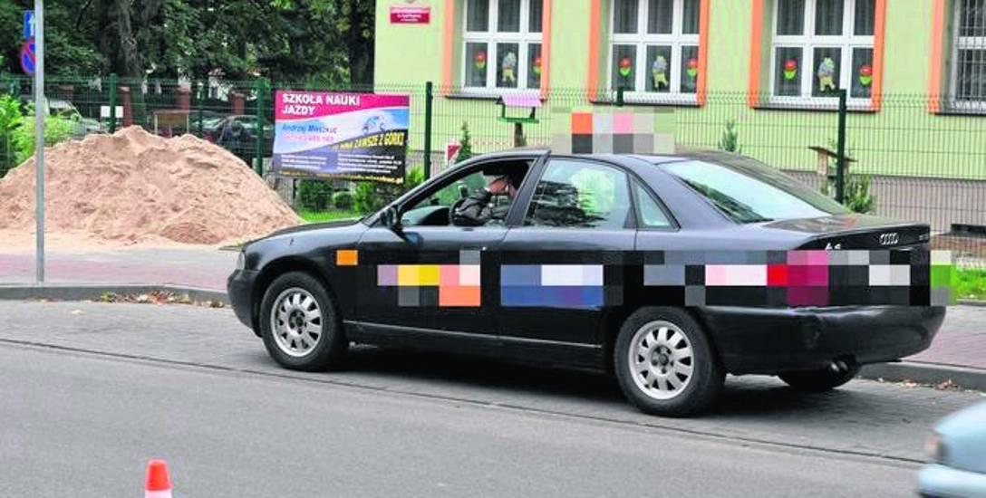 Bezpłatne autobusy kontra taksówki. Górą te pierwsze