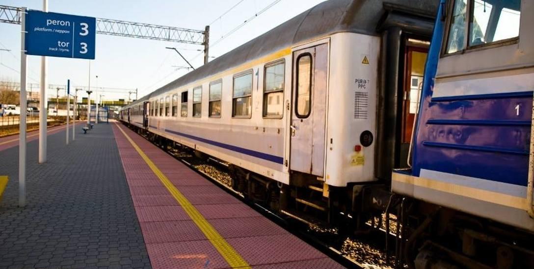 Pociąg na trasie Łapy-Białystok przyjechał z opóźnieniem. Pasażerowie wściekli