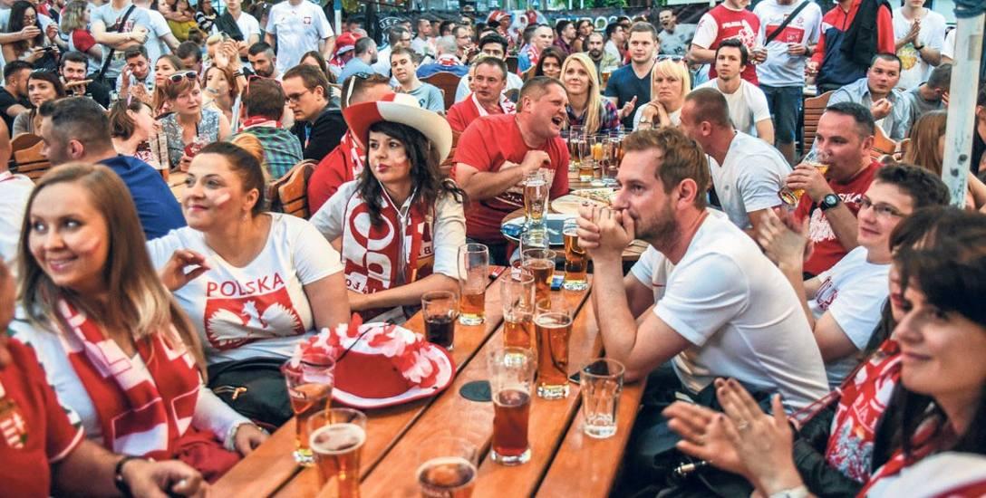"""Podczas rozgrywek Euro 2016 bydgoszczanie nie korzystali z miejskiej """"strefy kibica"""", bo jej nie było."""