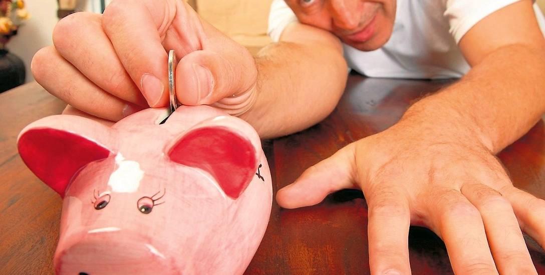 Za oszczędności uważa się odpowiednik co najmniej trzech pensji.
