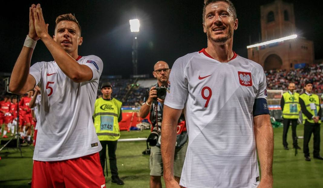 fc52b713a EURO 2020: Polska gra z Izraelem. Gdzie i kiedy oglądać mecz w TV i ...
