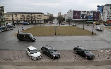 Pomnik Lecha Kaczyńskiego stanie na Placu Uniwersyteckim w Białymstoku bez konsultacji społecznych