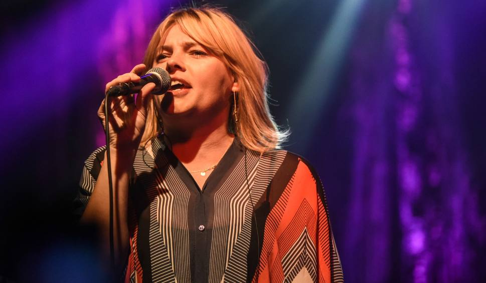 Film do artykułu: Ania Dąbrowska zaśpiewa w Radomiu. W sobotę koncert w klubie Strefa G2