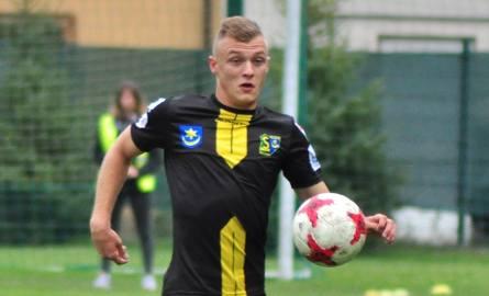 Dawid Witkowski zagrał w sobotę na środku obrony Siarki.