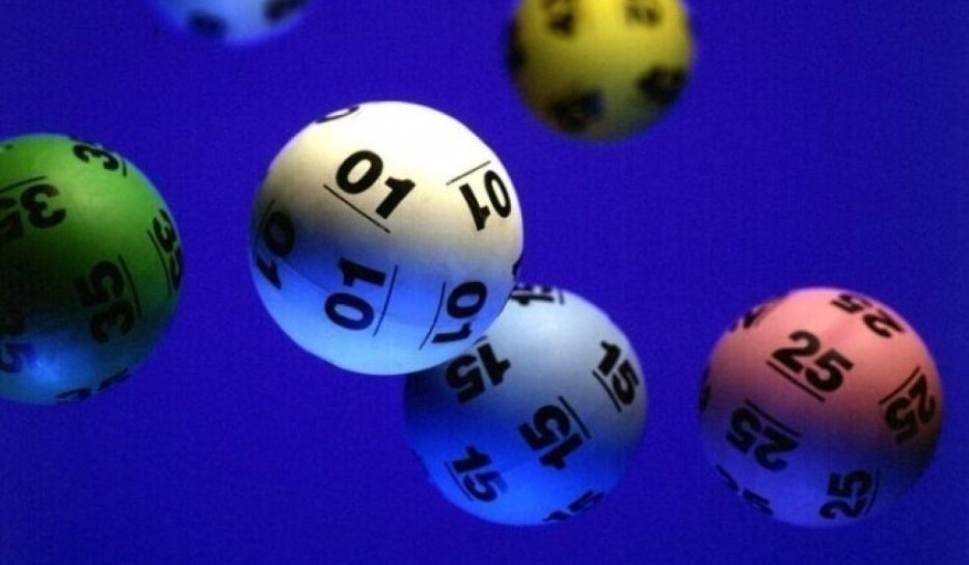 Film do artykułu: Szóstka w Lotto w Redzie. Szczęśliwiec wygrał 5,5 mln zł!