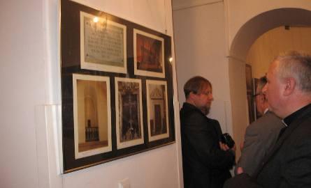 Kościół w Skaryszewie okiem fotografów. Nowa wystawa w Łaźni (zdjęcia)