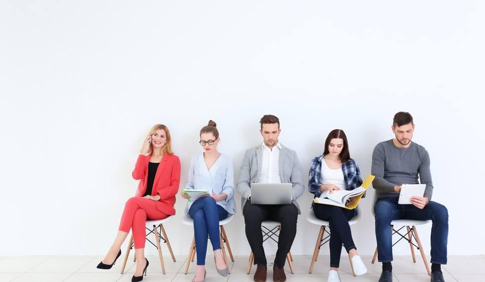 Film do artykułu: 7 sposobów, które zwiększą szansę na znalezienie pracy