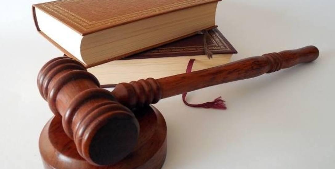 Czy 78-latek molestował 17-latkę? W gorzowskim sądzie rozpoczął się proces