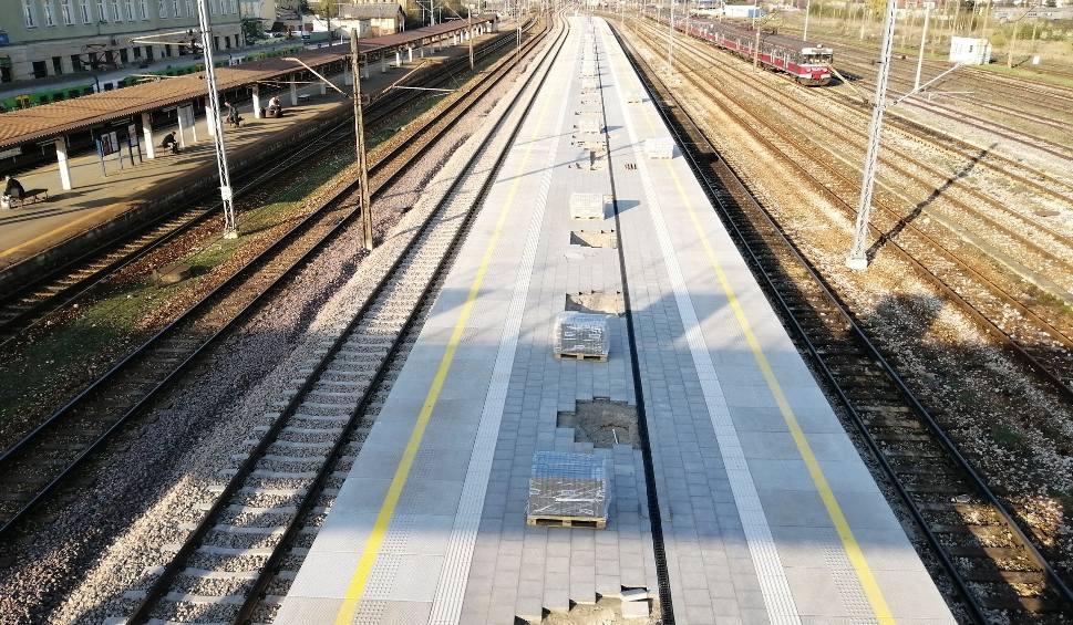 Film do artykułu: Kończy się remont trzeciego peronu na dworcu PKP w Skarżysku-Kamiennej