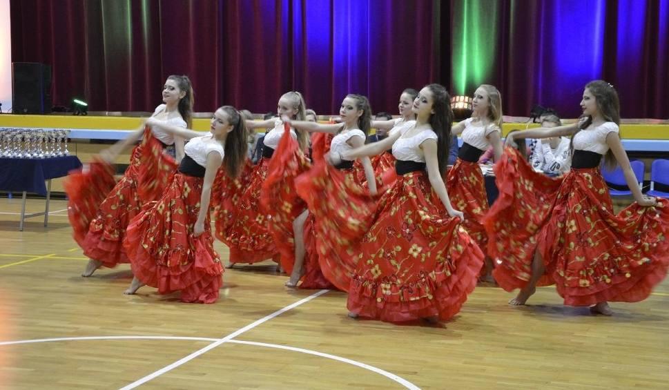 Film do artykułu: Młodzi tancerze rywalizowali na turnieju mikołajkowym (WIDEO, ZDJĘCIA)