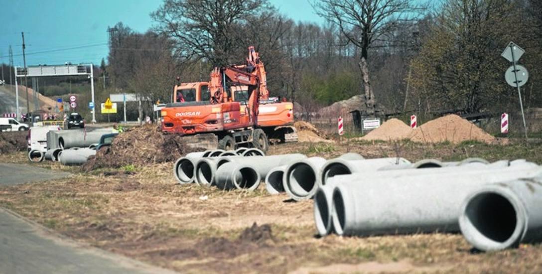 W rejonie ulic Duńskiej - Władysława IV trwa budowa kanalizacji deszczowej
