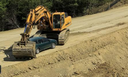140 mln zł będzie kosztował siedmiokilometrowy odcinek obwodnicy Sanoka, którego budowa właśnie trwa. Dzięki tej drodze, podróżni szybciej dotrą m.in.