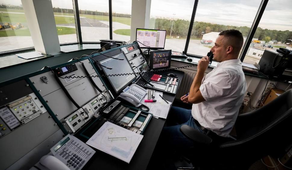 Film do artykułu: Bydgoskie lotnisko uruchomiło własną służbę lotniskowej informacji powietrznej [zdjęcia]