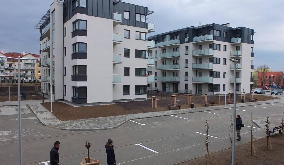 Film do artykułu: 115 nowych mieszkań TBS w Opolu. Cztery bloki są już gotowe. Towarzystwo Budownictwa Społecznego zapowiada budowę kolejnych